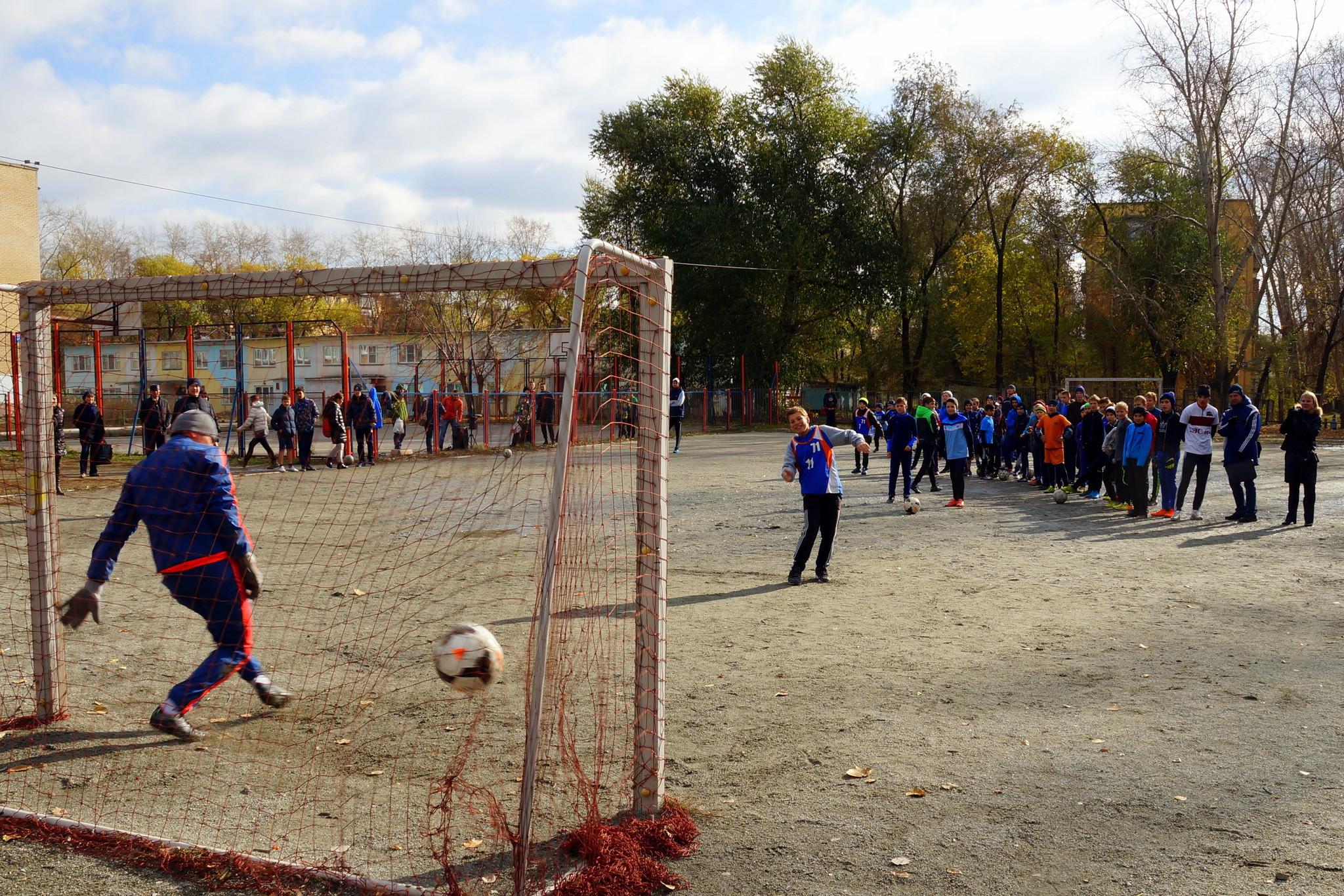 Открытие турнира по мини-футболу среди школьных команд