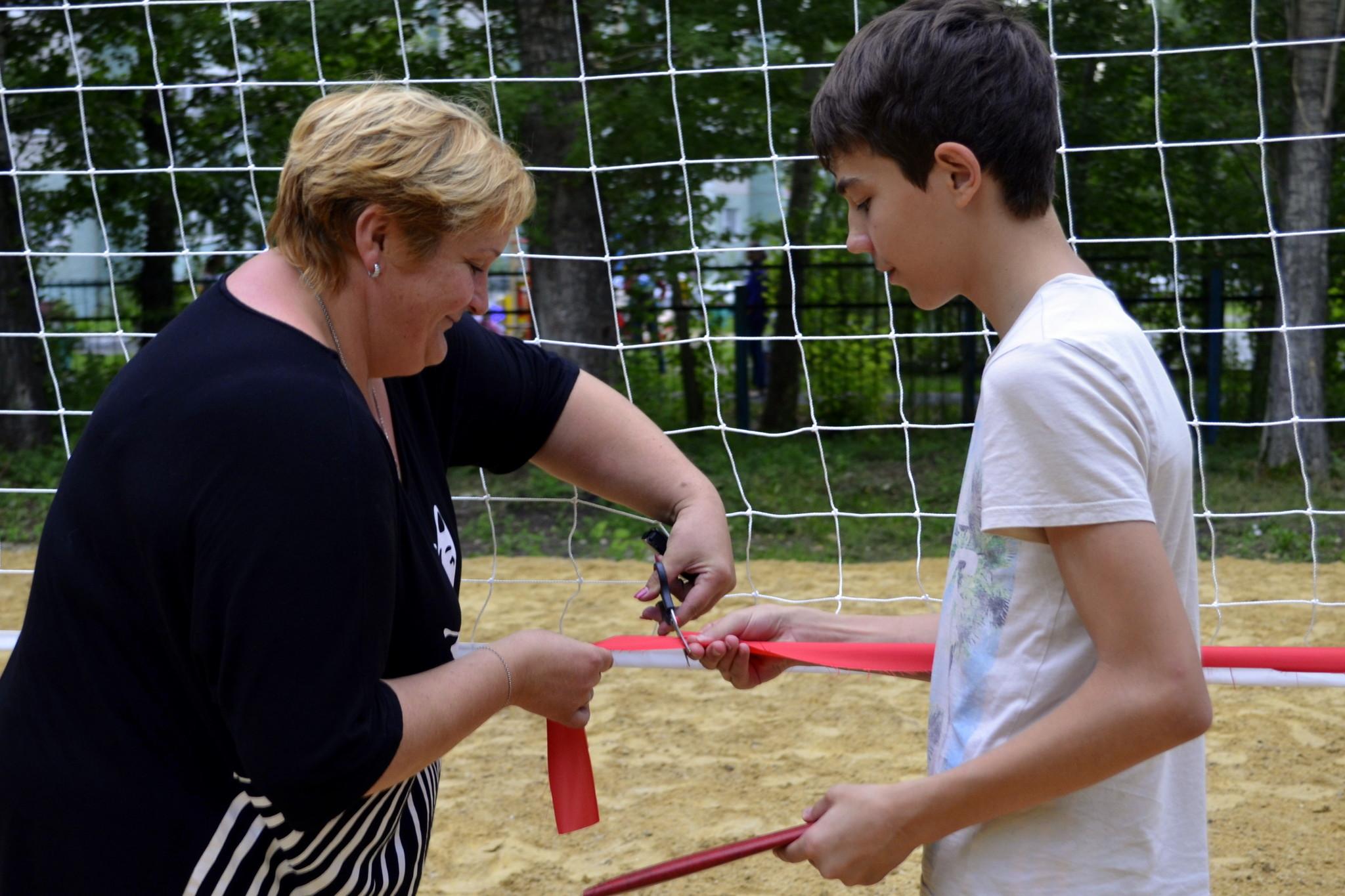 Открытие волейбольной площадки в ДД «Солнечный»